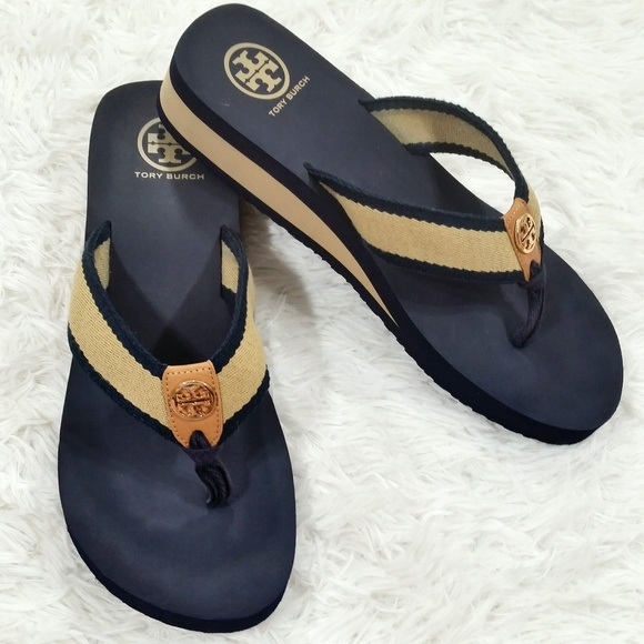 86c8087a07006b Tory Burch Ray Rubber Wedge Flip-Flops Size 10. M 5a9f615f31a376f651ba5598